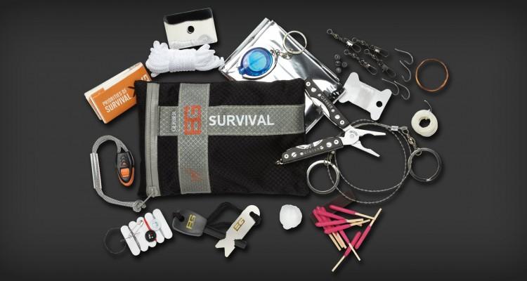 kit de survie en for t 13 objets absolument indispensables pour faire face la dangereuse. Black Bedroom Furniture Sets. Home Design Ideas