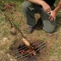 Comment faire un feu enterré (feu Dakota) pour monter un camp en toute discrétion, sans risque d'être repéré