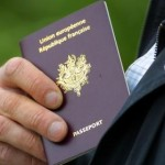 faux passeport ou papiers officiels ?